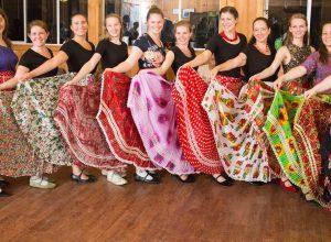 women-traditional-dress